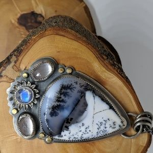 Jewelry - Dendritic Agate and Moonstone Necklace